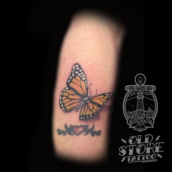 Farfalla Realistica tattoo